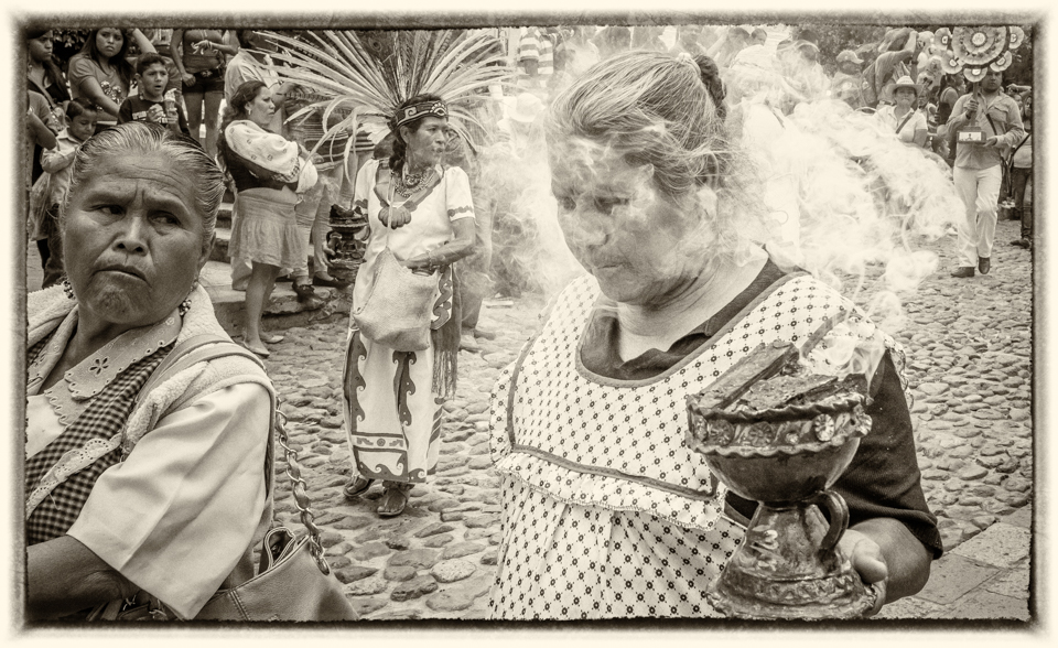 Pictures of Mexico, copal